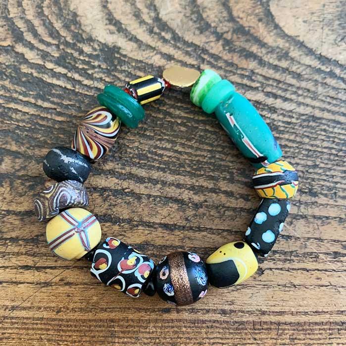 Bracelet Perles vert/jaune/noir