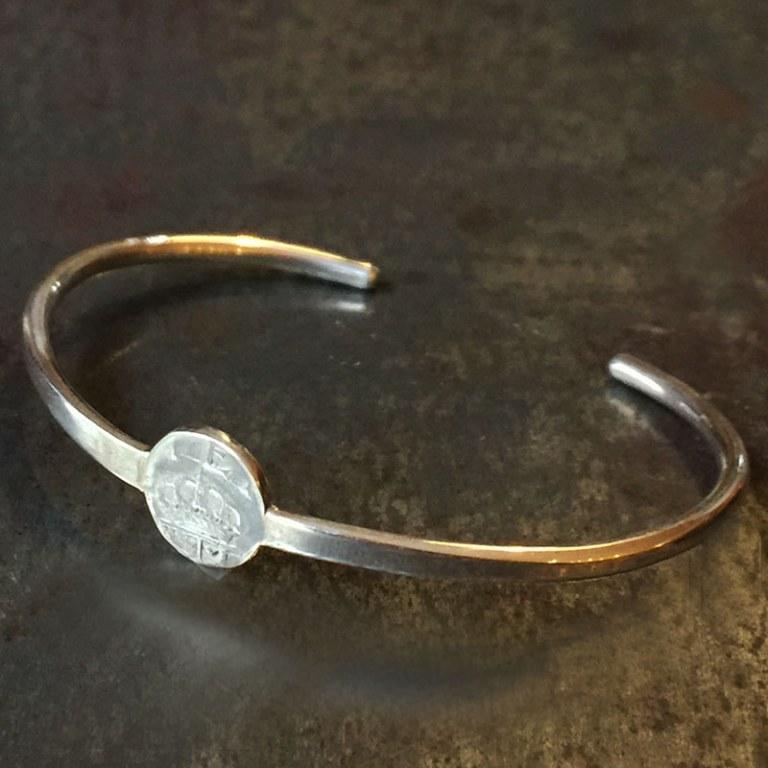 Bracelet Rigide Couronne