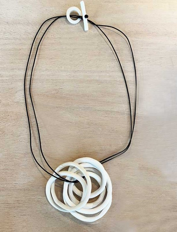 Collier Nid 2