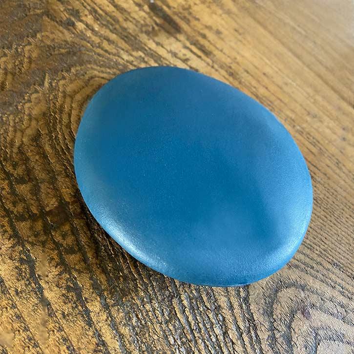 Galet de Porcelaine Bleue
