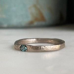 Alliance or gris diamant bleu