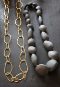 Collier Galets Noirs