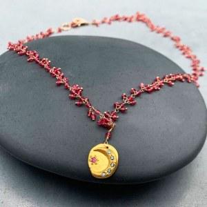 Collier Rubis Médaille Lune