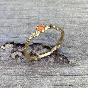 Bague Fine Or et Saphir Orange