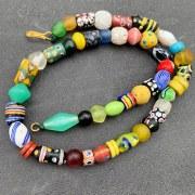 Collier perles de commerce anciennes