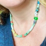 Collier Perles Anciennes Vert/jaune/Blanc